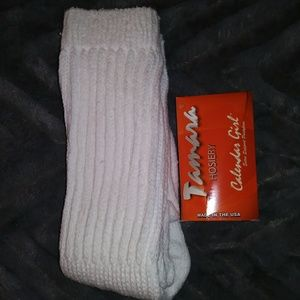 NEW Hooters Winghouse Tamara Hosiery + socks!!!